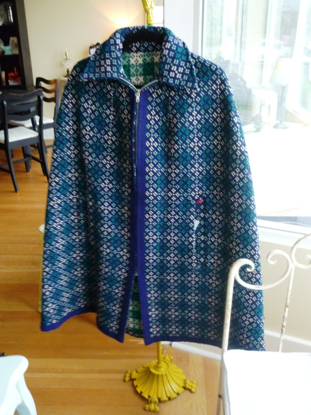 The colours on this 60s/70s poncho are so fabulous, and the weight is just perfect for cool fall days on the coast.