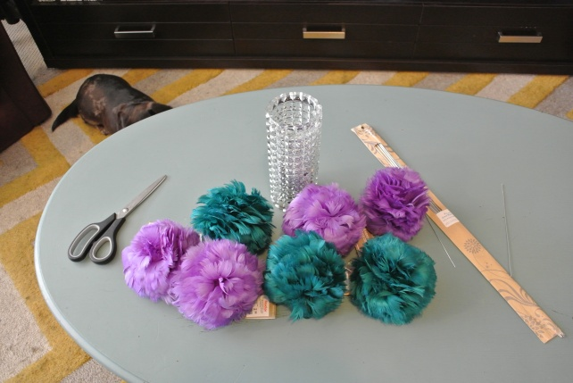 Required: feather balls in your chosen colour combination, floral wire from the craft store, scissors.