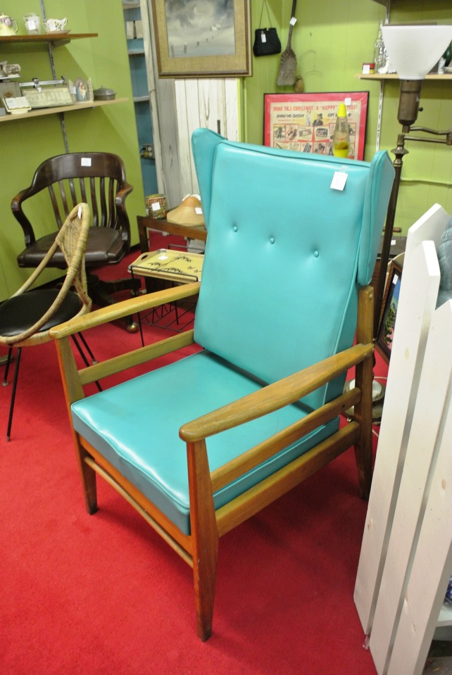 This chair?  Oh my goodness, so beautiful!!!