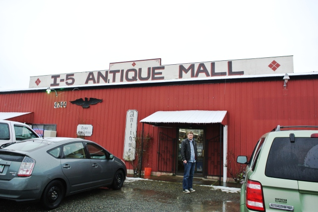 Last stop, I-5 antique mall.  We had never been, so decided to check it out on our way home.