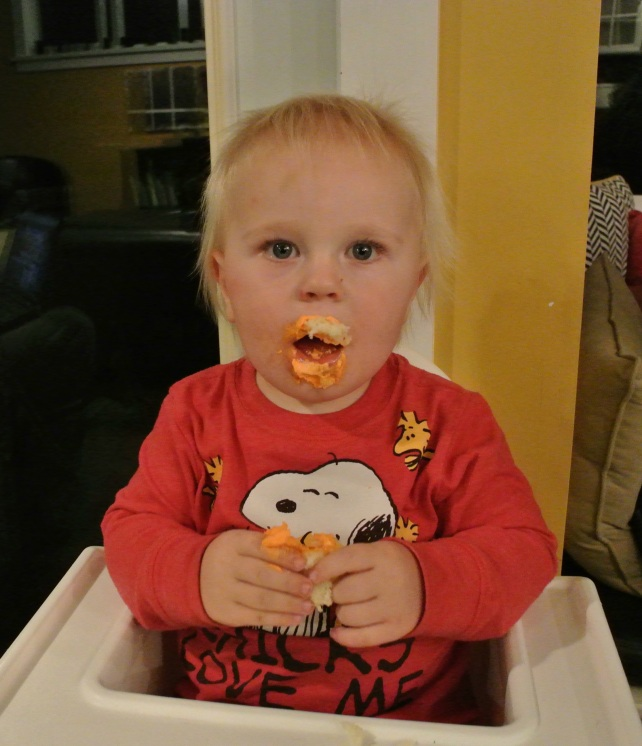 And this is how a cake monster eats a Halloween cupcake.