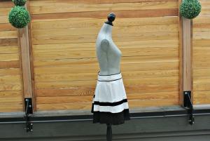sc b&w skirt 3
