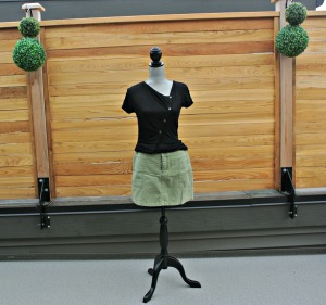 sc green skirt and top