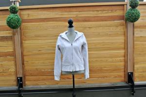 sc white hoodie 2