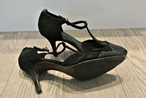 shoes 32